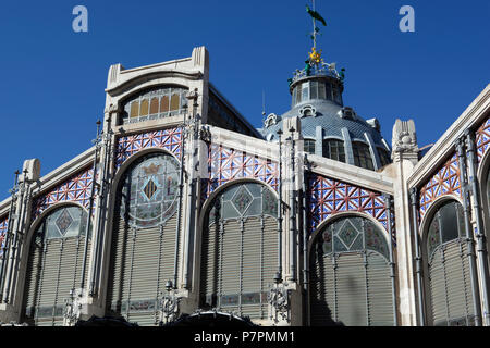 Exterior of the Mercato Centrale, built in 1914 in Modernist style - Stock Photo