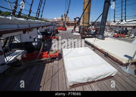 Fragata D. Fernando II e Gloria ship upper deck, 50 gun frigate of the Portuguese Navy in Cacilhas, Almada, Portugal, 19th century sailing warship mus - Stock Photo