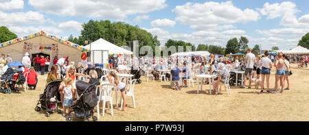 Cheshire, UK. 08 July 2018  – Stockton Heath Festival in Cheshire, England, UK, held their eleventh fete on the events field where hundreds of people braved the heatwave and enjoyed themselves Credit: John Hopkins/Alamy Live News Credit: John Hopkins/Alamy Live News - Stock Photo