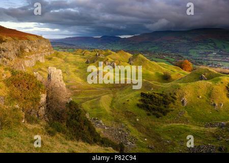 The Llangattock Escarpment in the Brecon Beacons National Park. - Stock Photo