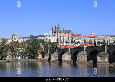 Charles Bridge and St Vitus Cathedral, Prague, Czechia (Czech Republic), Europe - Stock Photo