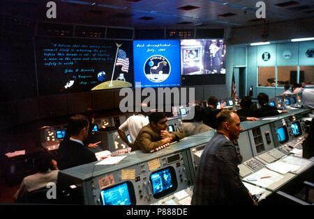 spacecraft manned lunar - photo #20