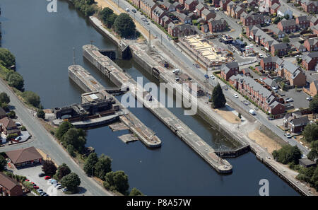 aerial view of a major lock on the Manchester Ship Canal at Latchford Locks, Warrington - Stock Photo