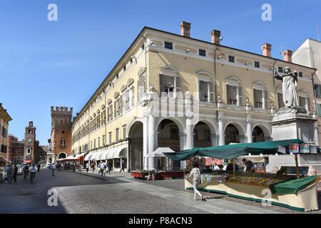 Corso Martiri della Libertà and Ferrara Town Hall, Ferrara ( Emilia-Romagna ) , northern Italy, capital Province of Ferrara, Italian. - Stock Photo