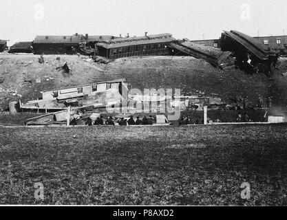The Borki train disaster on October 29, 1888. Museum: Russian State Film and Photo Archive, Krasnogorsk. - Stock Photo