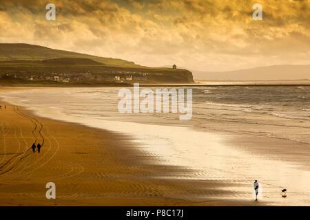 UK, Northern Ireland, Co Londonderry, Portstewart strand at sunset - Stock Photo