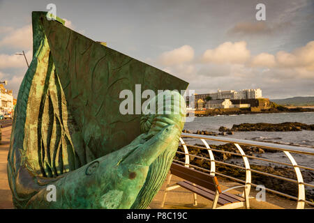 UK, Northern Ireland, Co Londonderry, Portstewart Promenade, Fishing Boat sculpture by Niall O'Neill - Stock Photo
