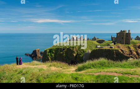 Dunottar Castle, Stonehaven, Aberdeenshire - one of Scotland's most identifiable strongholds, built in the 15th and 1y6th centuries. Photographing the - Stock Photo
