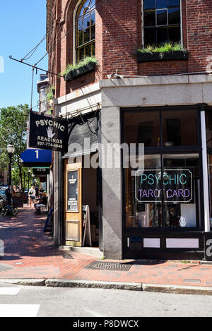 Psychic Tarot Card Reader storefront in Downtown Portland, Maine - Stock Photo