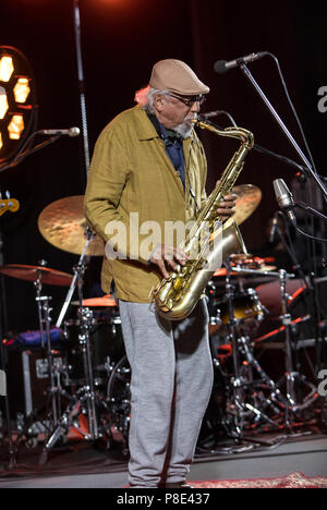Cracow, Poland - June 28, 2018: Charles Lloyd & The Marvels and Bill Frisell live on stage of Kijow.Centre at the Summer Jazz Festival in Krakow. Pola - Stock Photo