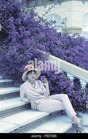 Guns of Darkness (1962) Leslie Caron,     Date: 1962 - Stock Photo