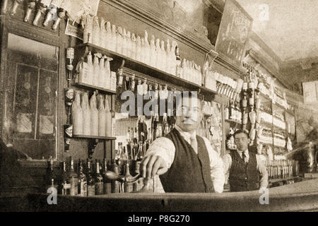 Old photo of a grocery store in Mexico - Stock Photo