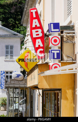 Lottery, Tobacco and newspoapers shop, Collonges-au-Mont d'Or, France - Stock Photo