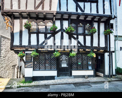 23 May 2018: Dartmouth, Devon, UK - The Cherub, a very old pub in Higher Street. The building is believed to have been erected in 1380. - Stock Photo