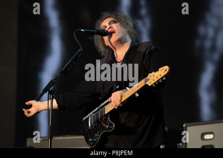 London, UK. 7th July 2018. Robert Smith of The Cure performs on the Great Oak Stage, British Summer Time, Hyde Park. - Stock Photo