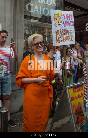 London, United Kingdom. 13 July 2018. Huge numbers of people turned out to protest US president Donald Trump's visit to the UK. Credit: Peter Manning/Alamy Live News - Stock Photo