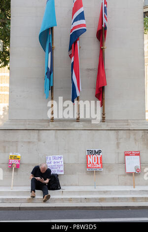 London, UK, 13 July 2018. Anti Trump Placards Placed on the Cenotaph During Anti-Trump Protests in London Credit: Ian Stewart/Alamy Live News - Stock Photo