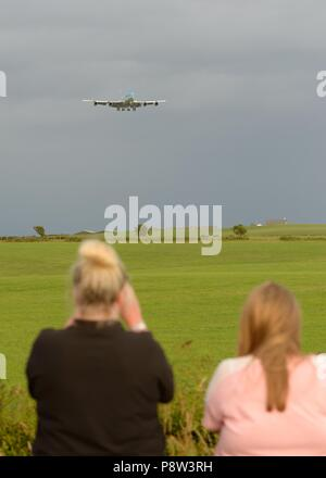 Glasgow, UK, 13th, July, 2018. Glasgow Prestwick Airport, Scotland, UK. United States of America's President Trump arrives in Scotland on Airforce one during a trip to the United Kingdom watched on by roadside onlookers. - Stock Photo