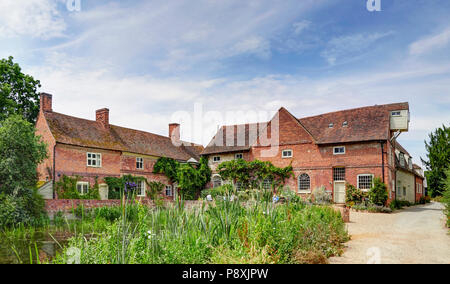 Flatford mill on the river Stour East Bergholt in the Dedham Vale made famouse by the artist John Constable - Stock Photo