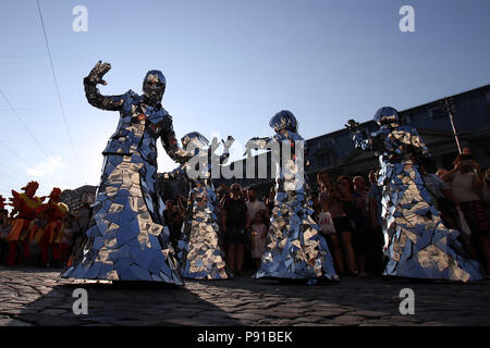Bucharest, Romania. 13th July, 2018. Artists perform in the opening of the 10th Street Theater Festival in Bucharest, capital of Romania, July 13, 2018. The festival lasts from July 13 to August 5. Credit: Cristian Cristel/Xinhua/Alamy Live News - Stock Photo