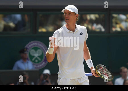 London, UK, 13th July, 2018. Kevin Anderson of South Africa reacts during the men's singles semifinal match against John Isner of the United States at the Wimbledon Championships 2018 in London, Britain, July 13, 2018. Kevin Anderson won 3-2. Credit: Stephen Chung/Xinhua/Alamy Live News Credit: Xinhua/Alamy Live News - Stock Photo