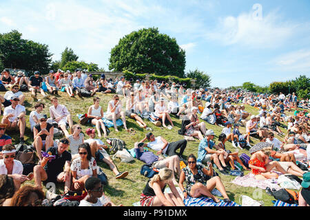London, UK. 6th July, 2018. A general view Tennis : A general view of the Wimbledon Lawn Tennis Championships at the All England Lawn Tennis and Croquet Club in London, England . Credit: AFLO/Alamy Live News - Stock Photo