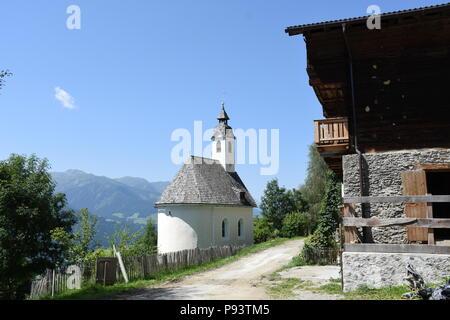 Kapelle, Kolreid, Bergbauernhof, Pustertal, Kirche, Kirchturm, Berg, Hang, Anras, Lienzer Dolomiten, Osttirol, Lienz - Stock Photo