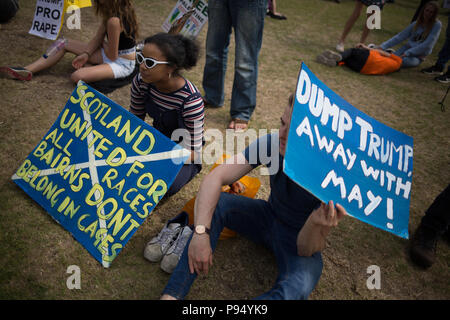 Edinburgh, Scotland, 14 July 2018. Carnival of Resistance anti-Trump rally, coinciding with the visit of President Donald Trump to Scotland on a golfing weekend, in Edinburgh, Scotland, on 14 July 2018. Credit: jeremy sutton-hibbert/Alamy Live News - Stock Photo