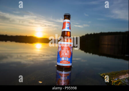 Kuopio, Finland 14th of July 2018. Illustrative photo of a commemorative beer, ahead of the Trum and Putin summit, unveiled by Kuopio, Eastern Finland, based microbrewery Rock Paper Scissors.  The Presidents of Russia and the United States, Vladimir Putin and Donald Trump, will meet on 16 July 2018 in Helsinki. Nicolas Bouvy/Alamy Live News - Stock Photo