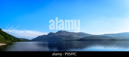Scottish landscape. Beautiful sky above Scotland. Waterscenic  . - Stock Photo