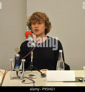 New York, NY. Press event for STARS' American Gods television show with star Bruce Langley (Technical Boy). April 17, 2017. @ Veronica Bruno / Alamy - Stock Photo