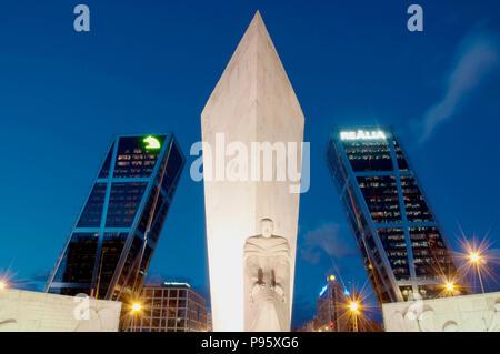 Calvo Sotelo monument and KIO towers, night view. Plaza de Castilla, Madrid, Spain. - Stock Photo