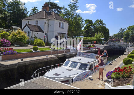 Marlow Lock on the River Thames in Marlow, Buckinghamshire, England, UK - Stock Photo