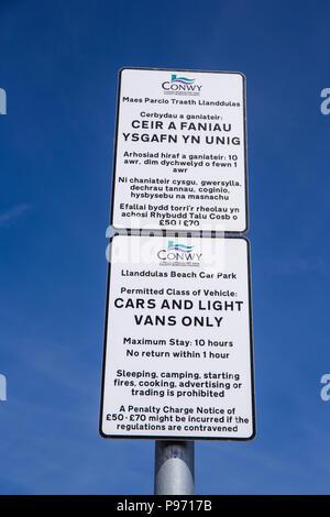Strictly no overnight camping sign in Llandulas North Wales UK - Stock Photo