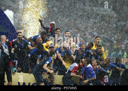Luzhniki Stadium, Moscow, Russia. 15th July, 2018. FIFA World Cup Football Final, France versus Croatia; French players celebrate with their Trophy Credit: Action Plus Sports/Alamy Live News - Stock Photo