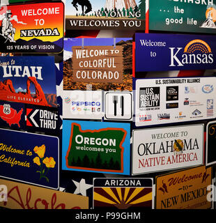 Welcome plates of the main American states in a single panel. Nevada, Utah, Nebraska, Oregon, Idaho, California, Kansas and many more. Welcome concept - Stock Photo