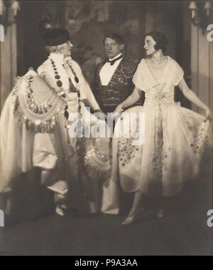 Madame Errazuriz, Pablo Picasso and Olga Khokhlova at a ball of Count Etienne de Beaumont, Montparnasse. Museum: PRIVATE COLLECTION. - Stock Photo