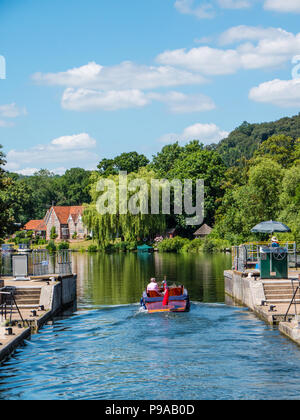 Launch Using, Hambleden Lock and Weir, River Thames, Berkshire, England, UK, GB. - Stock Photo