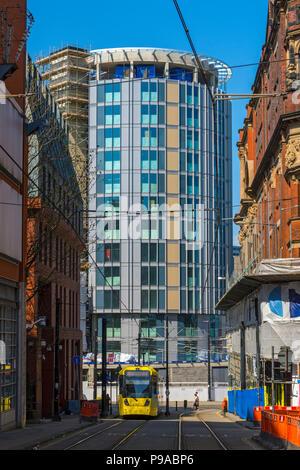 The Hotel Indigo building under construction, from Balloon Street, Manchester, England, UK - Stock Photo