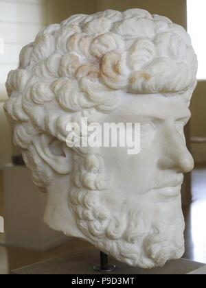 Lucius Verus (130-169). Roman emperor. Nerva-Antonine dyansty. Bust. 2nd century. From Colony Forum, Tarragona. National Archaeological Museum. Tarragona. Spain. - Stock Photo