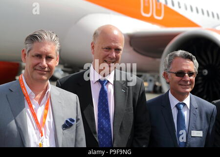 Easyjet took official delivery of its first Airbus A321neo in the presence of Tom Enders, CEO of Airbus, Johan Lundgren, CEO of Easyjet, Gael Meheust, CEO of CFM and Transport Secretary Chris Grayling. Enders, Meheust and Lundgren explained during a press conference that the three companies had engaged in a strategic partnership in which Easyjet relies on a fleet of Airbus A319, A320 and A321 family powered by CFM's fuel-efficient LEAP engines. Credit: Uwe Deffner/Alamy Live News - Stock Photo