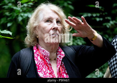 Russia. 18th July, 2018. TULA REGION, RUSSIA - JULY 18, 2018: Marta Albertini, an Italian-based great-granddaughter of Russian writer Leo Tolstoy, at the Yasnaya Polyana museum-estate in the Tula Region, where his descendants and relatives gather from all over the world ahead of his 190th birthday. Sergei Bobylev/TASS Credit: ITAR-TASS News Agency/Alamy Live News - Stock Photo