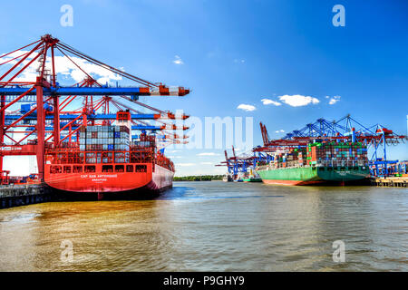 Container ships in the Port of Hamburg, Germany, Europe - Stock Photo