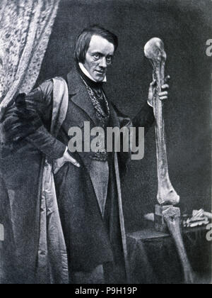 Richard Owen (1804-1892), English zoologist and anatomical, curator of the Royal College of Surge… - Stock Photo