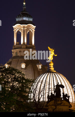 View on the Dresden church of our lady at night with the cuppola form the academy of art in front - Stock Photo