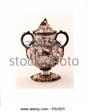 Sugar Bowl, 1850, Made in New York, New York, United States, American, Silver, Overall: 8 15/16 x 7 1/8 x 5 5/16 in. (22.7 x 18.1 x 13.5 cm); 25 oz. (776.9 g), Silver, John C. Moore (ca. 1802–1874), In 1850, Marshall Lefferts, president of the New York and New England and the New York State telegraph companies, was presented with 'a splendid service of plate' to honor his construction of telegraph lines from New York to Boston and Buffalo. - Stock Photo