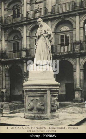 112 Alcalá de Henares (Tomás de Gracia Rico 1915) Universidad. Estatua del Cardenal Cisneros - Stock Photo