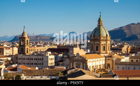 Palermo city Skyline showing the dome of Palermo cathedral, Palermo, Sicily, Italy, Europe - Stock Photo