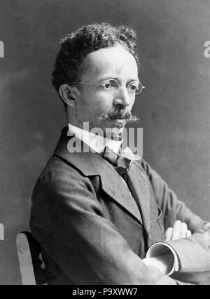 HENRY OSSAWA TANNER (1859-1937) American artist photographed in 1907 by Frederick Gutekunst - Stock Photo