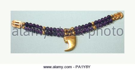 Claw Anklet of Sithathoryunet, Middle Kingdom, Dynasty 12, ca. 1887–1813 B.C., From Egypt, Fayum Entrance Area, Lahun, Tomb of Sithathoryunet (BSA Tomb 8), Chamber E, box 1, BSAE excavations 1914, Gold, amethyst, L. 14.2 cm (5 6/16 in.). - Stock Photo